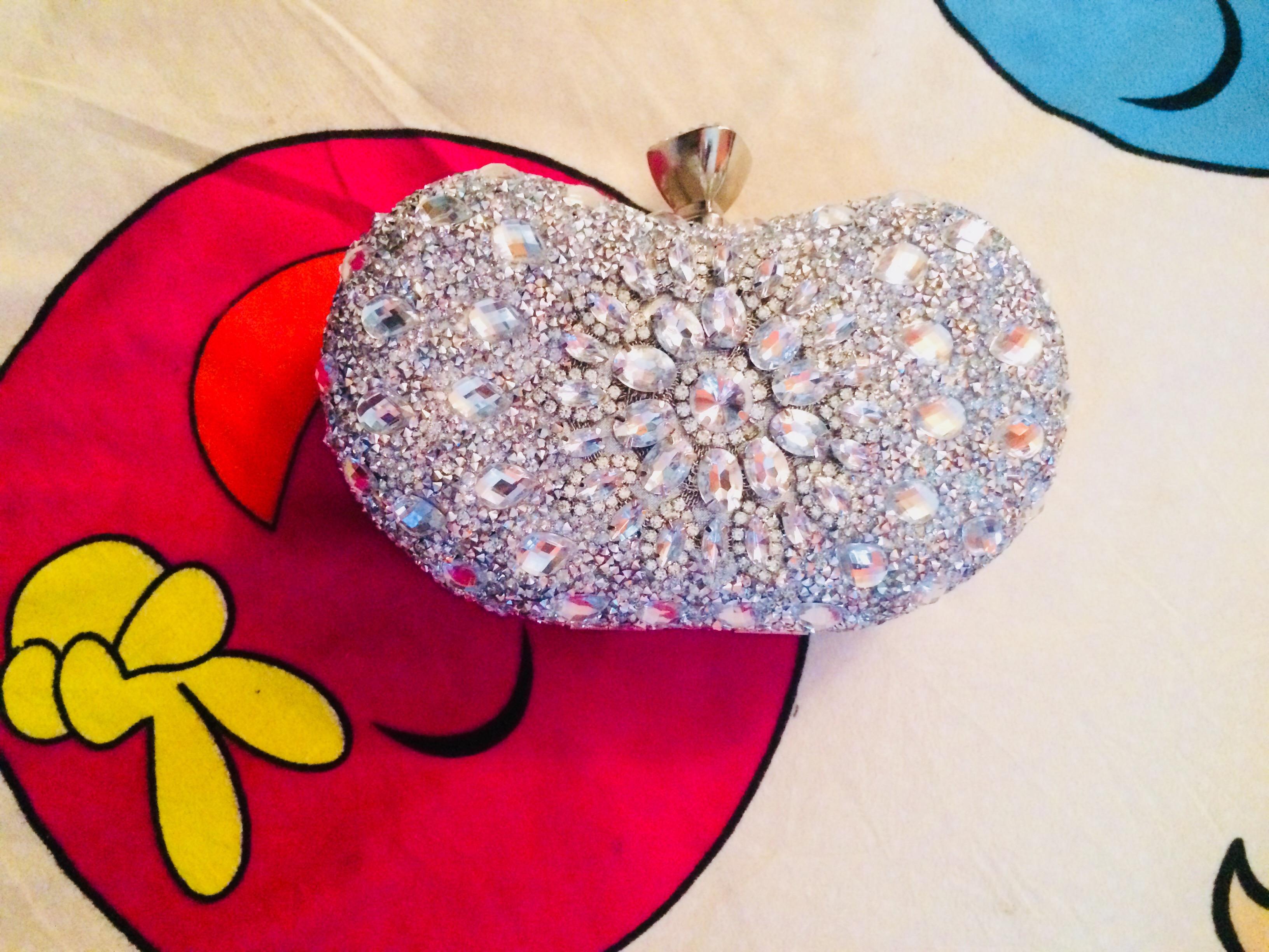 The bride's clutch/purse