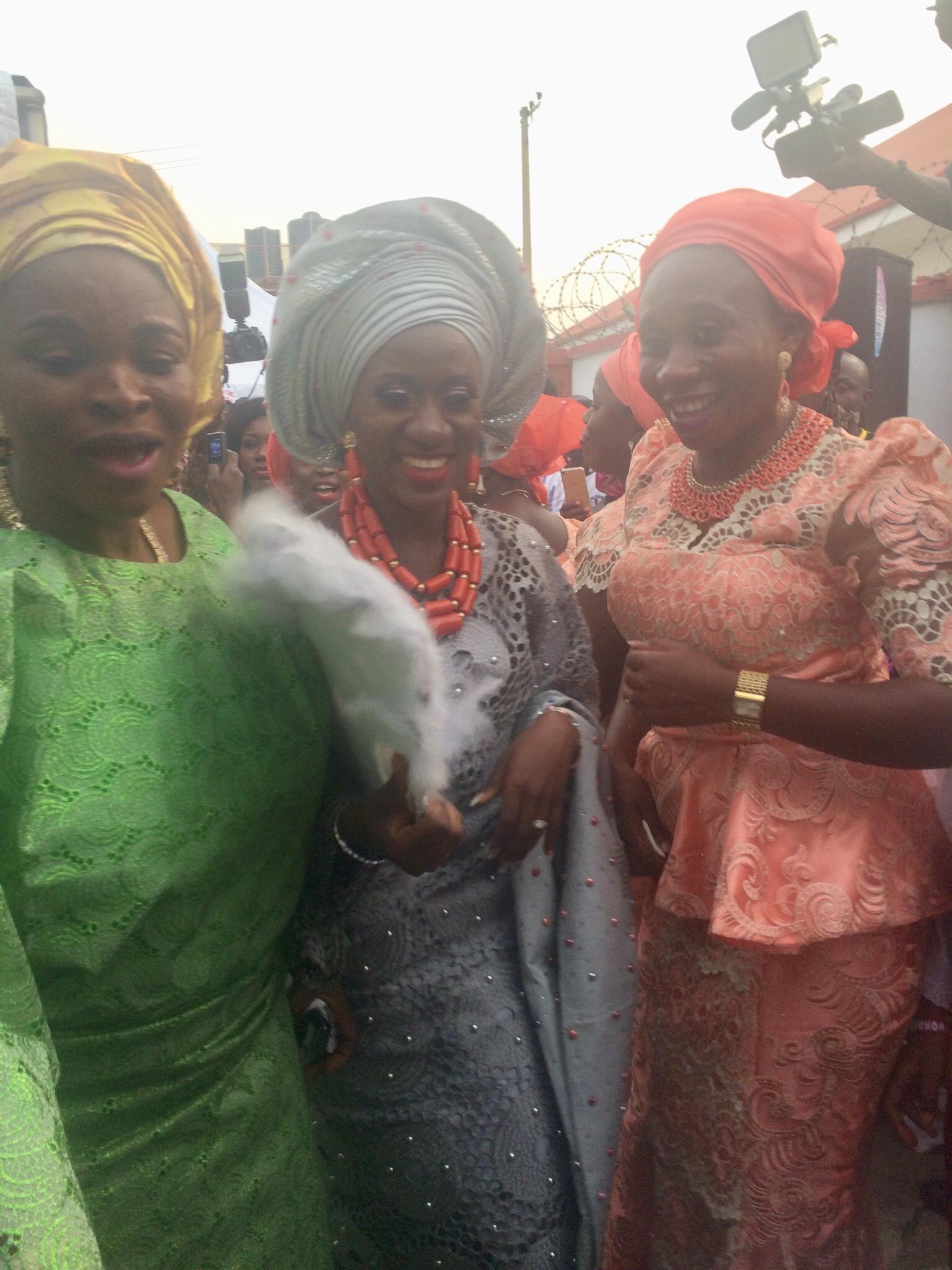 Bride and her aunts