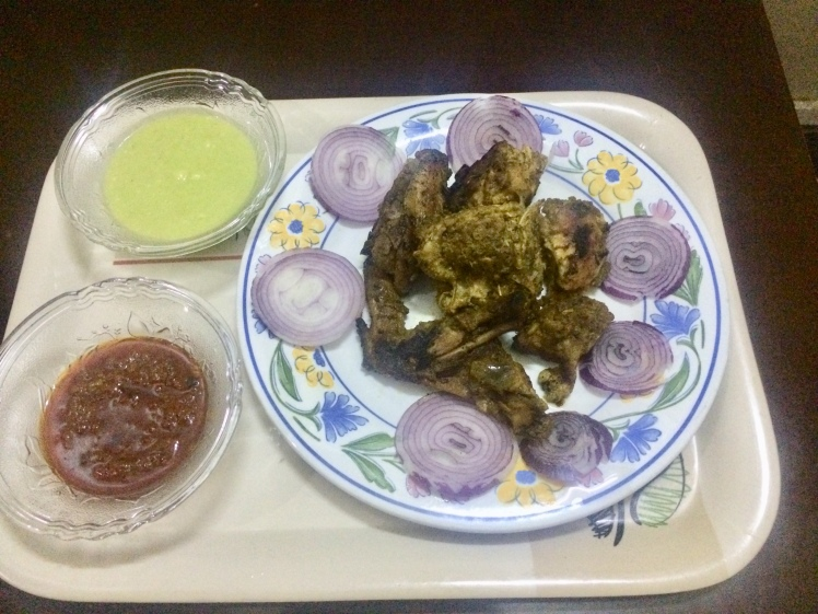 Avocado marinated chicken with avocado dipping sauce and pepper sauce