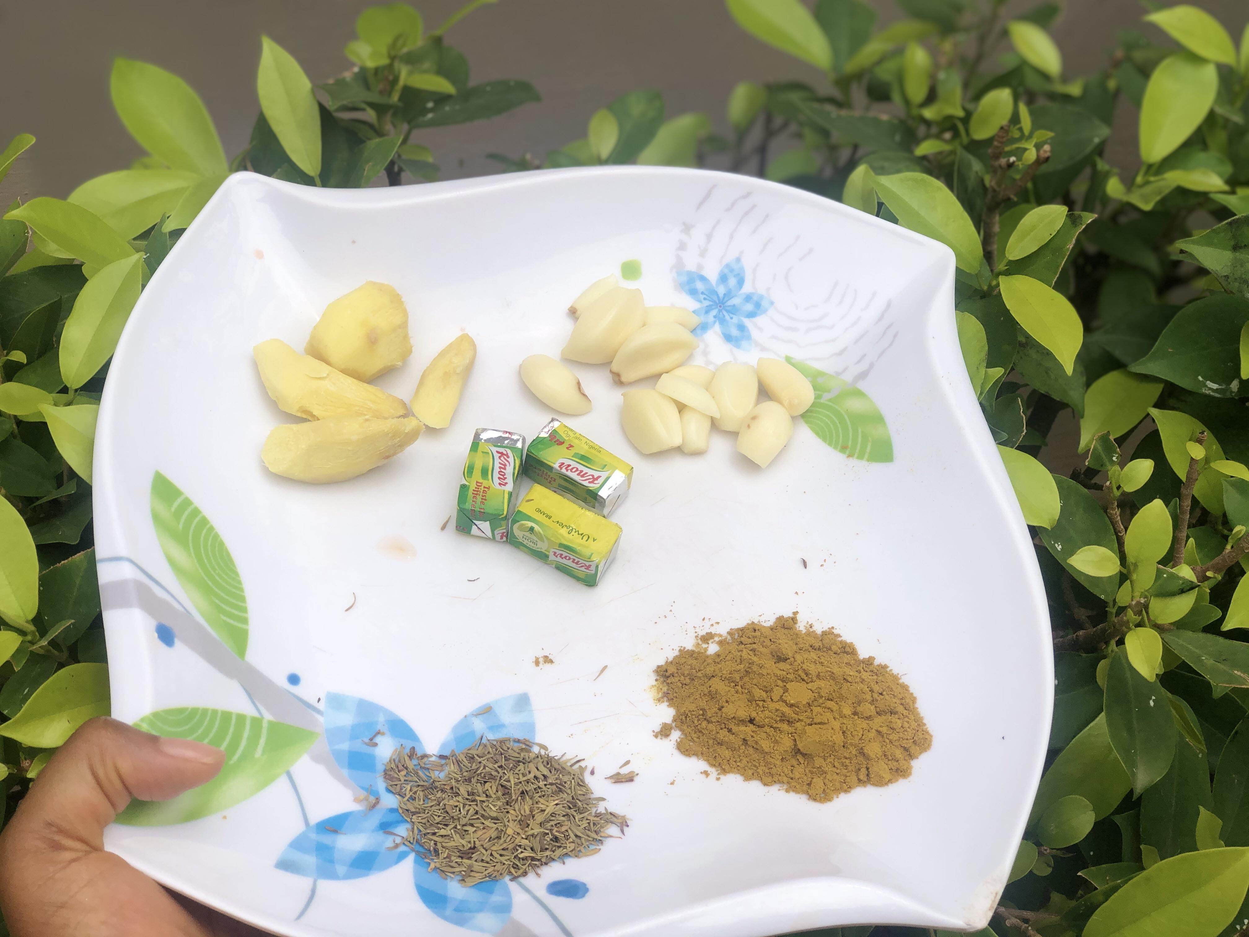Ginger garlic thyme curry seasoning cubes